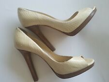 Jimmy Choo 40/10 beautiful heels pumps rarely worn great condition ivory