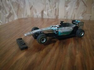 """Carrera Go!!! 1:43 car - #64060 Mercedes f1 w06 Hybrid """"L. Hamilton No.44"""