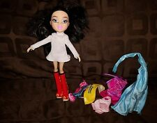 Moxie Teenz Girl Doll Figure MGA Entertainment With Clothes