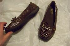 womens vionic brown skin print slip on loafers shoes size 9 wide