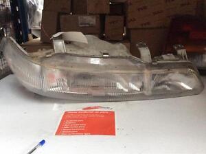 Honda Integra  (ls) Headlight Right 1991