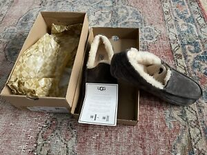 UGG ASCOT CHARCOAL MEN'S SLIPPERS AUTHENTIC SIZE 11 - BRAND NEW in Box
