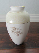 Wedgwood Devotion Classic Vase With Two Doves Made In England Bone China