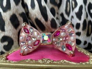 Betsey Johnson LARGE Pink Lucite Jeweled Bow Gold Hinged Bangle Bracelet RARE