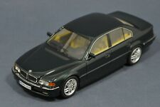 1/43 BMW 7 series 740d 7er 740 e38 Facelift 1998 NEO 43316 resin green 2000 740i