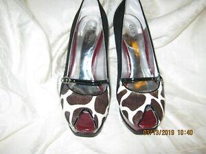 Guess Women Black Multi Suede Shoes GWBANANA 6.5