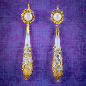 ANTIQUE GEORGIAN DAY AND NIGHT CHALCEDONY DROP EARRINGS 18CT GOLD CIRCA 1800
