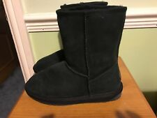 Emu Stinger Lo Water Resistant Sheepskin Boot Size 4 Black Genuine with Tag
