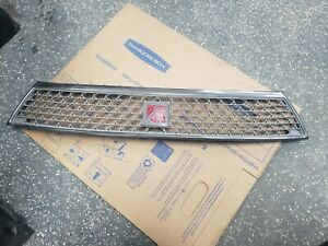 2003-2005 SATURN LS200 LS300 FRONT GRILLE WITH LOGO 22681681
