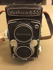 Yashica 635 TLR, with case and accessory kit, antique film camera, twin lens ref