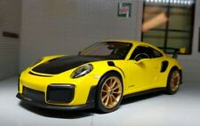 1:24 Scale Model Porsche 911 GT2 RS Turbo Yellow 991 Detailed Maisto Diecast Car