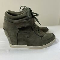 Lacoste Women's Size 8.5 Suede Leather Wedge Sneakers Ankle boot