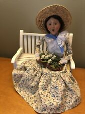 Byers Choice 2005 Spring Woman on Bench without Flowers