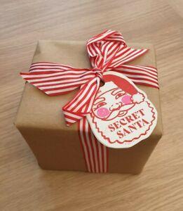 Lush Secret Santa Christmas Gift Set Candy Cane Bubble Bar Snowman Bath Bomb New