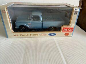 1/18 Sun Star 1965 '65 Ford F100 Pickup Truck in Light Blue Paint