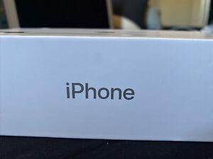 Apple iPhone 11 - 128GB - White (Unlocked) A2111 (CDMA + GSM) (CA)