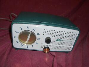 Bendix 953C table radio
