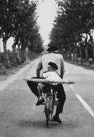Francés Joven con Baguette Letrero de Metal Arqueado Cartel Lata 20 X 30CM