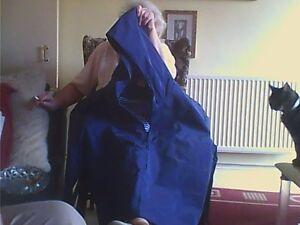 Women's Size L Blue Polyester Waterproof Raincoat Waist Length Casual Damart Zip