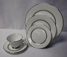 New ListingOxford Lenox china White Echo pattern 5-piece Place Setting