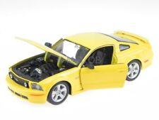 Ford Mustang GT 2006 amarillo coche en miniatura 31997 Maisto 1:24