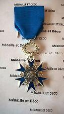 Médaille de Chevalier de l'Ordre National du Mérite (fra 014)