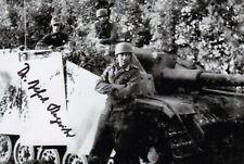 Alfred Regeniter (Mit Ritterkreuz und Sturmgeschütz) signiertes Foto