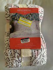 "Opalhouse Standard Pillow Sham - Paisley (20"" x 26"")"