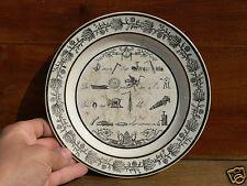 Très rare assiette a rébus restauration début XIXe faiencerie de choisy le roy