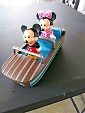 New listing Disney small toy boat with Mikey and mini mouse
