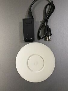 Ubiquiti UAP Access Point Lite With Included Power Supply Excellent Condition