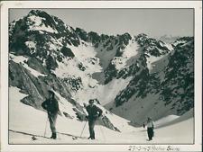 France, 1949, Rocher Blanc  Vintage silver print.  Tirage argentique d'ép