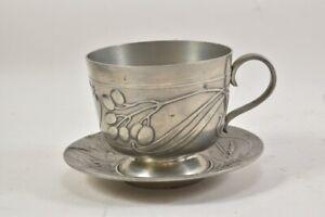a68c69- Jugendstil Tasse mit UT aus Zinn, um 1900