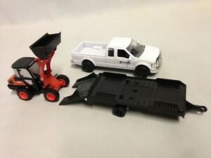 "Kubota R630 Wheel Loader w/Ford F-250 Pickup & Trailer 11"" Diecaast New Ray Toy"