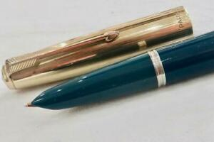 PARKER 51 CUSTOM AEROMETRIC FOUNTAIN PEN C1955, TEAL BLUE & ROLD GOLD CAP