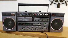 hitachi Boombox CP-90SP Radio-Cassettenrecorder, teils dfekt