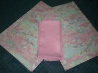 Lot of 8 Pink Mint Green Floral Placemats with Matching Pink Napkins.