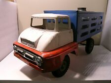 TRI-ANG UK FORD THAMES TRADER MILK TRUCK WITH MILKDRUMS PRESSED STEEL 1959/1960