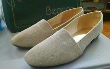 Beacon Womens vintage Ballet Flat heel sparkle Shoe gold and tan u.s.a. 8.5  b7