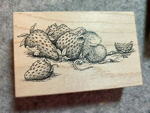 STAMPA ROSA HOUSE MOUSE RUBBER STAMP Sleeping with strawberries used