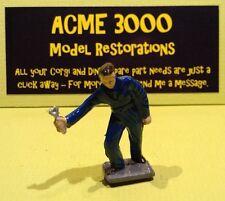 Corgi 1142 Holmes Wrecker Reproduction Standing Mechanic Painted Plastic Figure