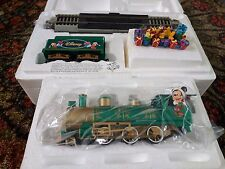 BACHMANN HO-ON30 HAWTHORNE VILLAGE DISNEY HOLIDAY CELEBRATION EXPRESS TRAIN SET