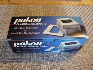 Pakon 35mm Plastic Slide Mounts - 100 count