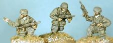 SHQ SE09 1/76 Diecast WWII German NCOs with MP40-Three