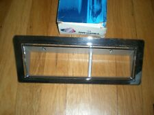 NOS 1982 - 1989 Lincoln Town Car Front Side Marker Bezel RH E0VY-15A440-A