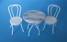 Gartenmöbel Bistro Set Tisch und 2 Stühle Metall  Puppenhausmöbel  Miniatur 1:12