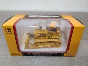 International IH TD-15 Crawler Dozer - Yellow - First Gear 1:50 Scale #50-3076