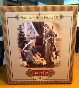 Porcelain HOLY FAMILY Set Grandeur Noel Collector's Edition 2002