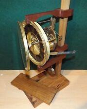 Universal pie de prueba de movimiento de reloj hecha de madera dura regenerado se adapta a la mayoría de los tipos
