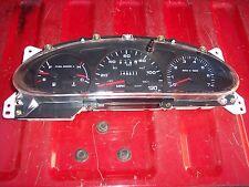 01-02 sable/taurus speedometer cluster Used 149,277 miles